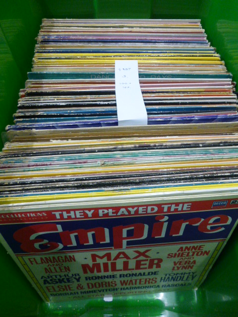 Lot 46 - Vinyl - Big Band / 40's & 50's / Music Hall - An interesting collection of over 100 lp's featuring