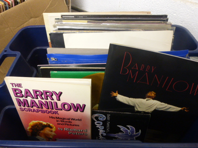 Lot 42 - Vinyl - Collection of Barry Manilow LP's and singles (30 in total) plus programmes, tickets and