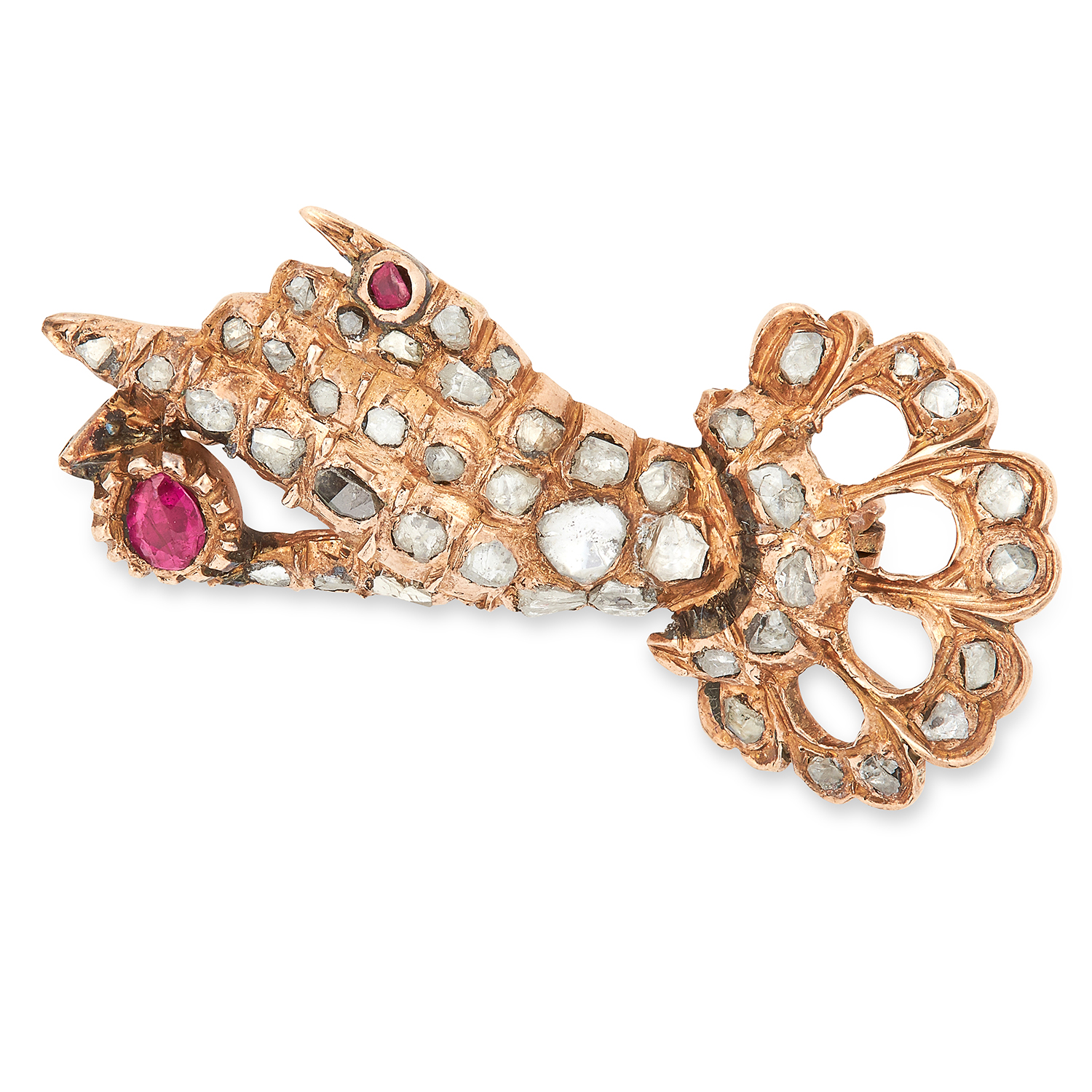 Los 40 - ANTIQUE RUBY AND DIAMOND HAND BROOCH set with cushion cut rubies and rose cut diamonds, 3.3cm, 4.