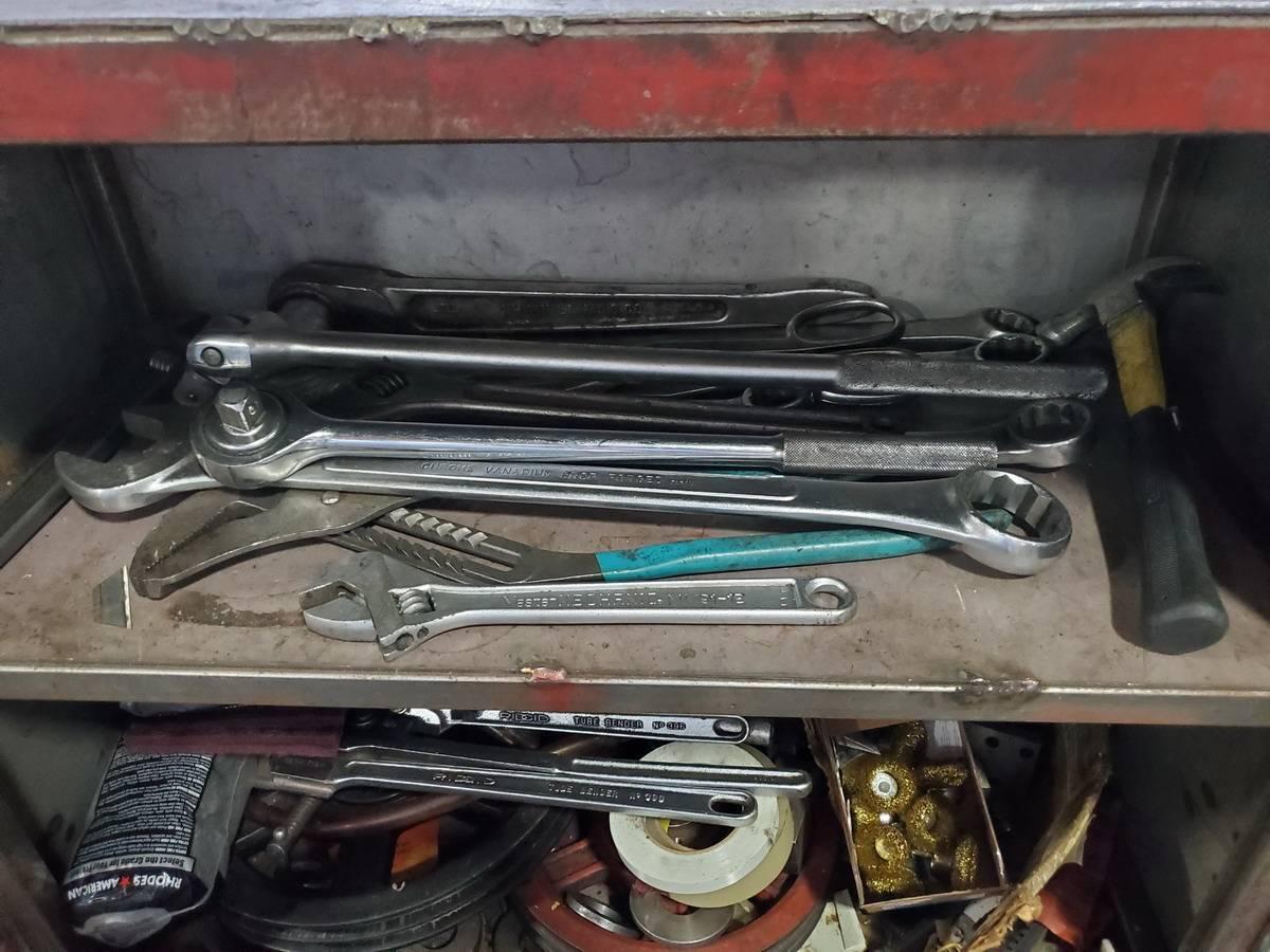 Rolling 2-Door Toolbox - Image 2 of 3