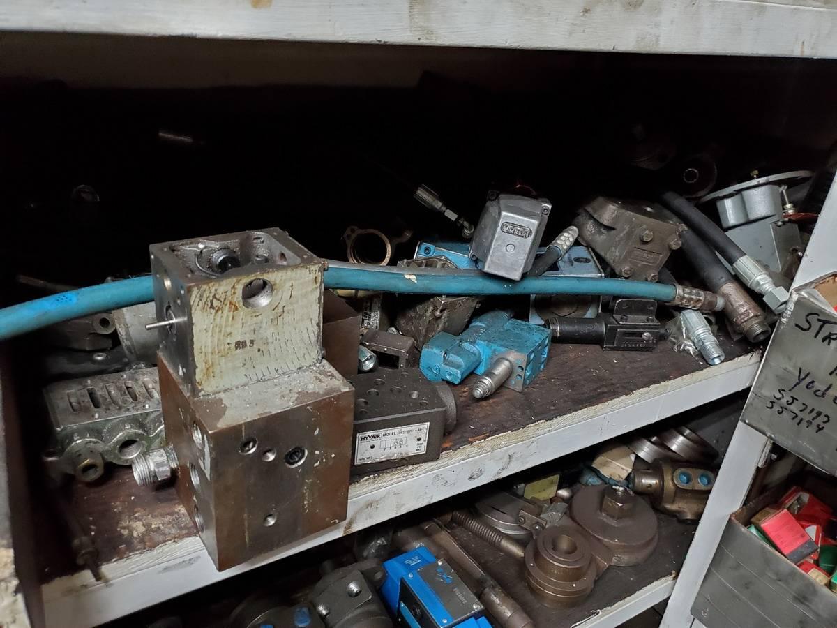 Maintenace Room Lot - Image 12 of 42