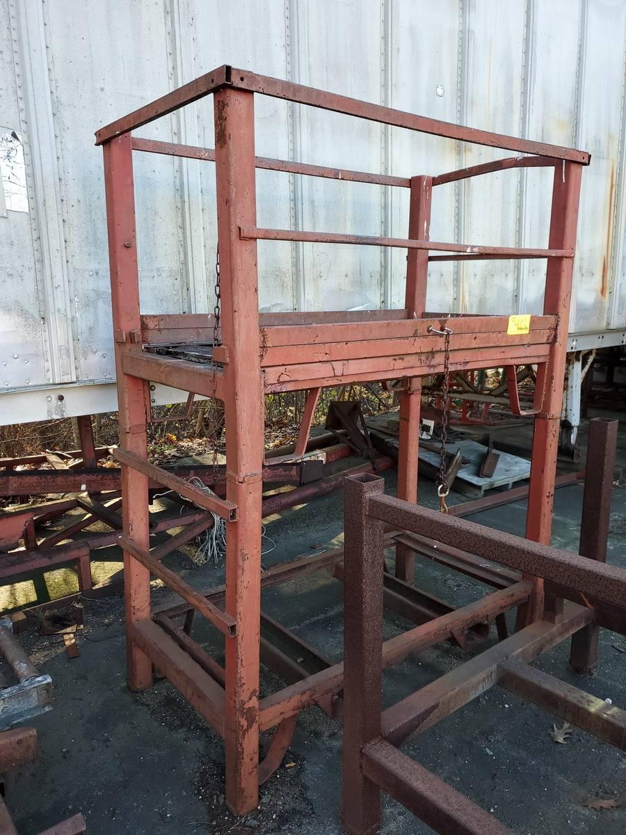 Lot 412 - Stl Lift