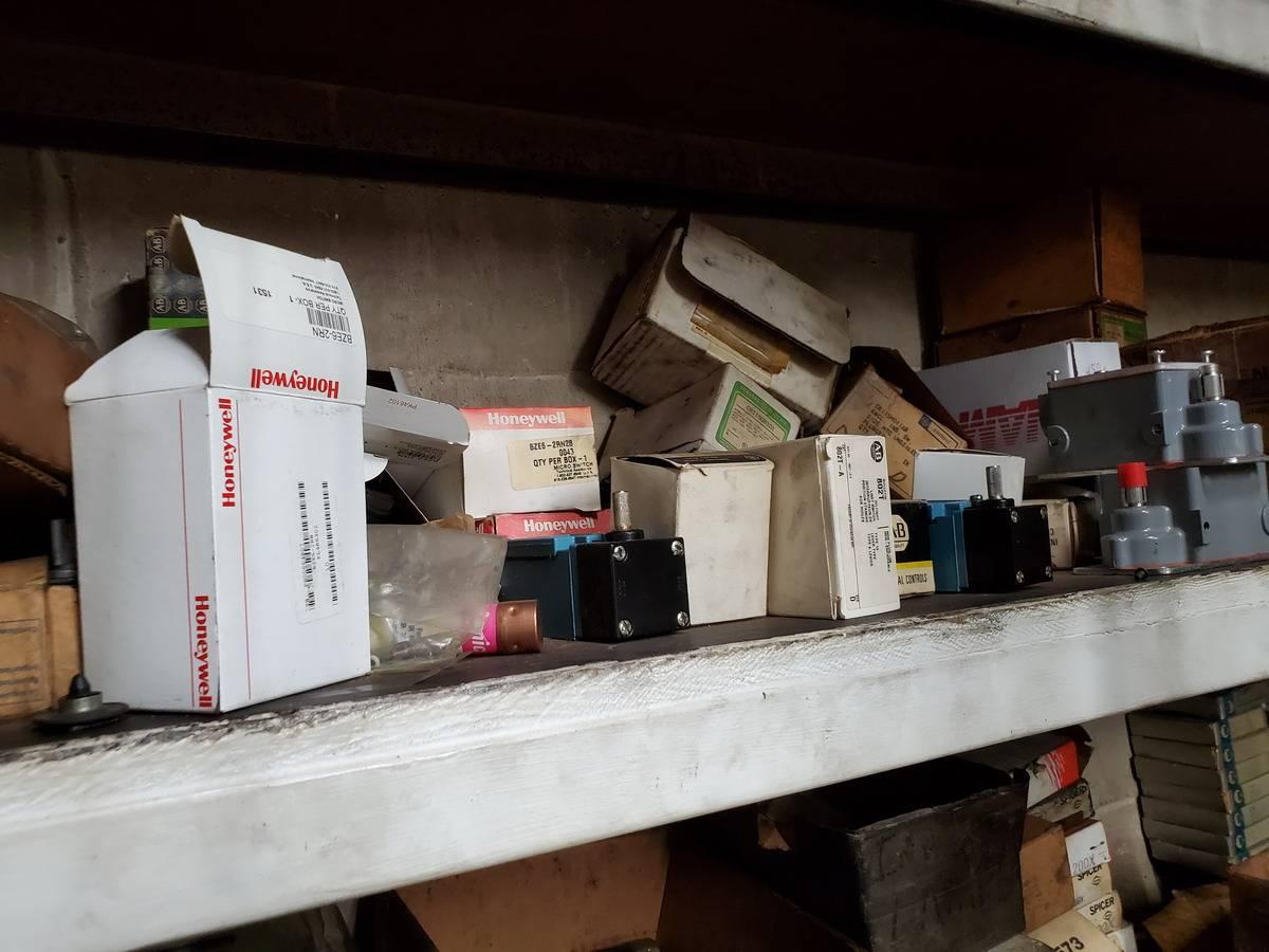 Maintenace Room Lot - Image 22 of 42