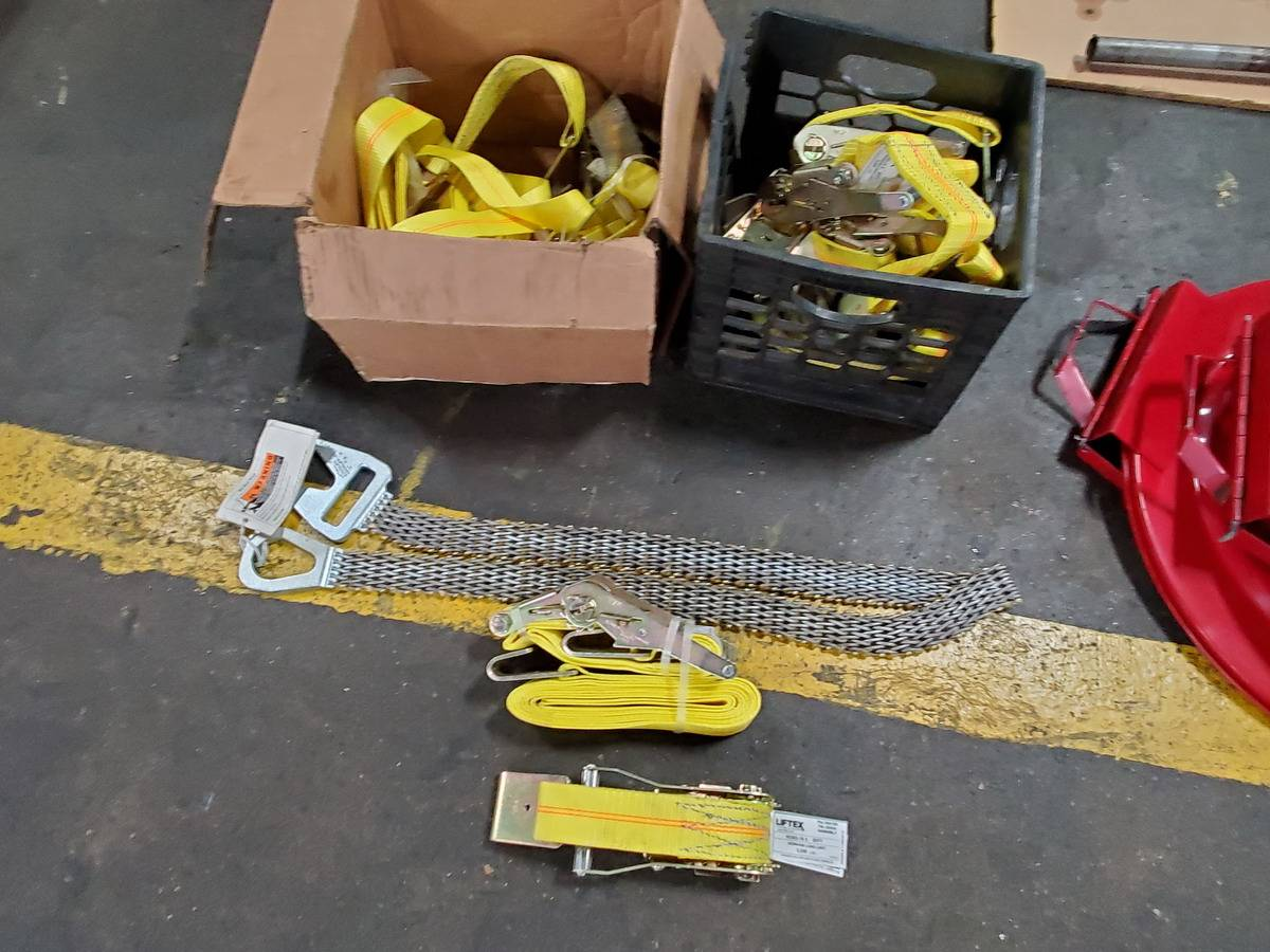 Lot Of Safety Equipment - Image 2 of 3