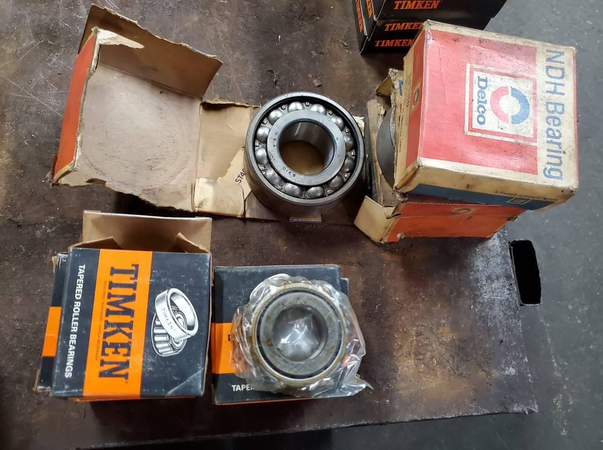 Various Mfg's: Timken, Federal Mogul,etc Bearings & Seals - Image 6 of 10