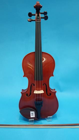 Lot 11 - A modern Yamaha violin.