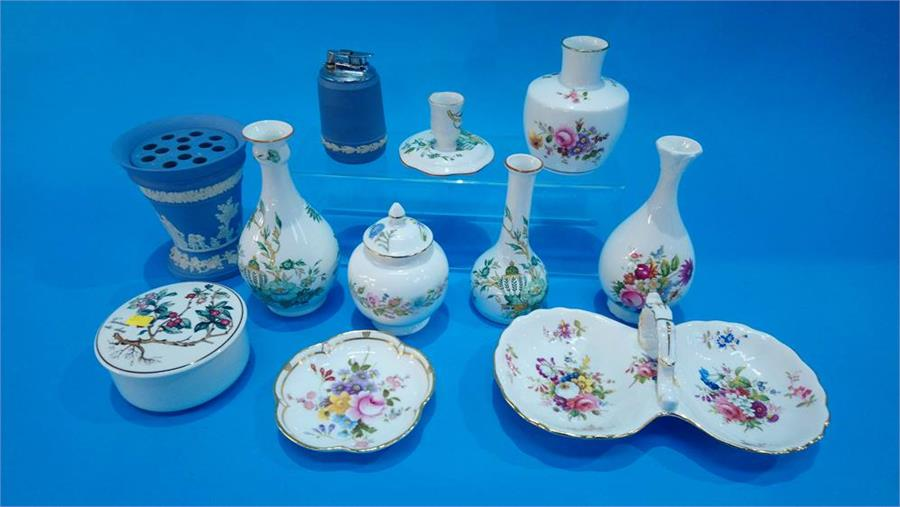 Lot 114 - A quantity of Royal Crown Derby china etc.