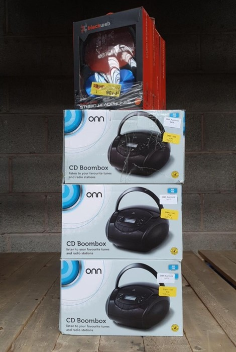 Lot 58 - 1 LOT TO CONTAIN 5 ASSORTED ELECTRICALS, INCLUDES ONN BLACK BOOMBOXES AND BLACKWEB HEADSETS/ BL -
