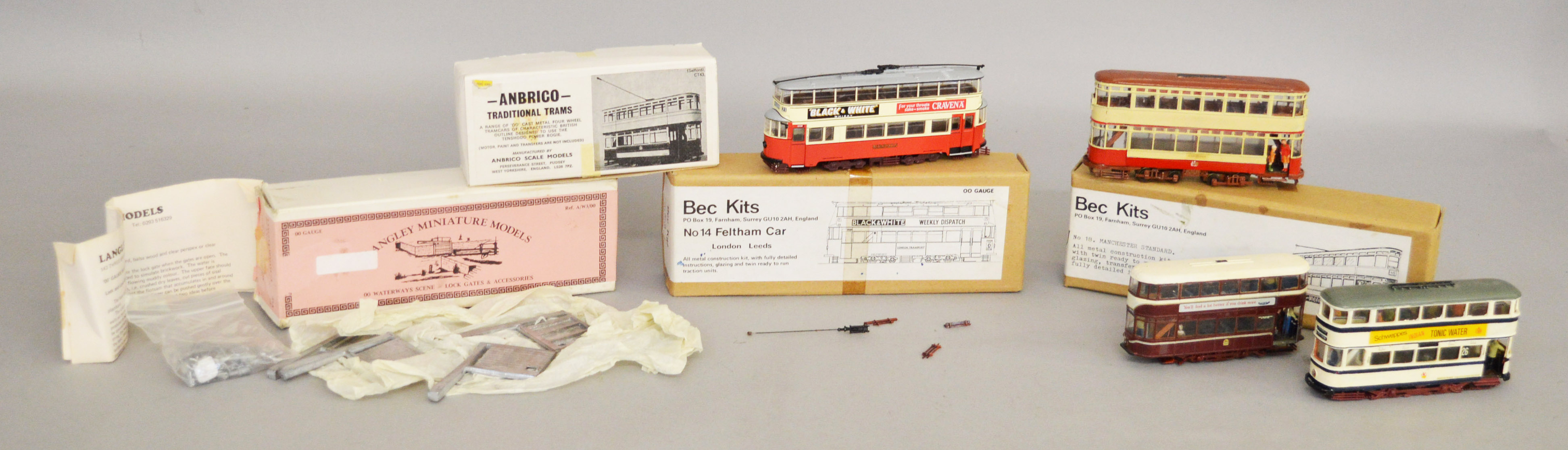 Lot 52 - Two boxed OO scale white metal kits,