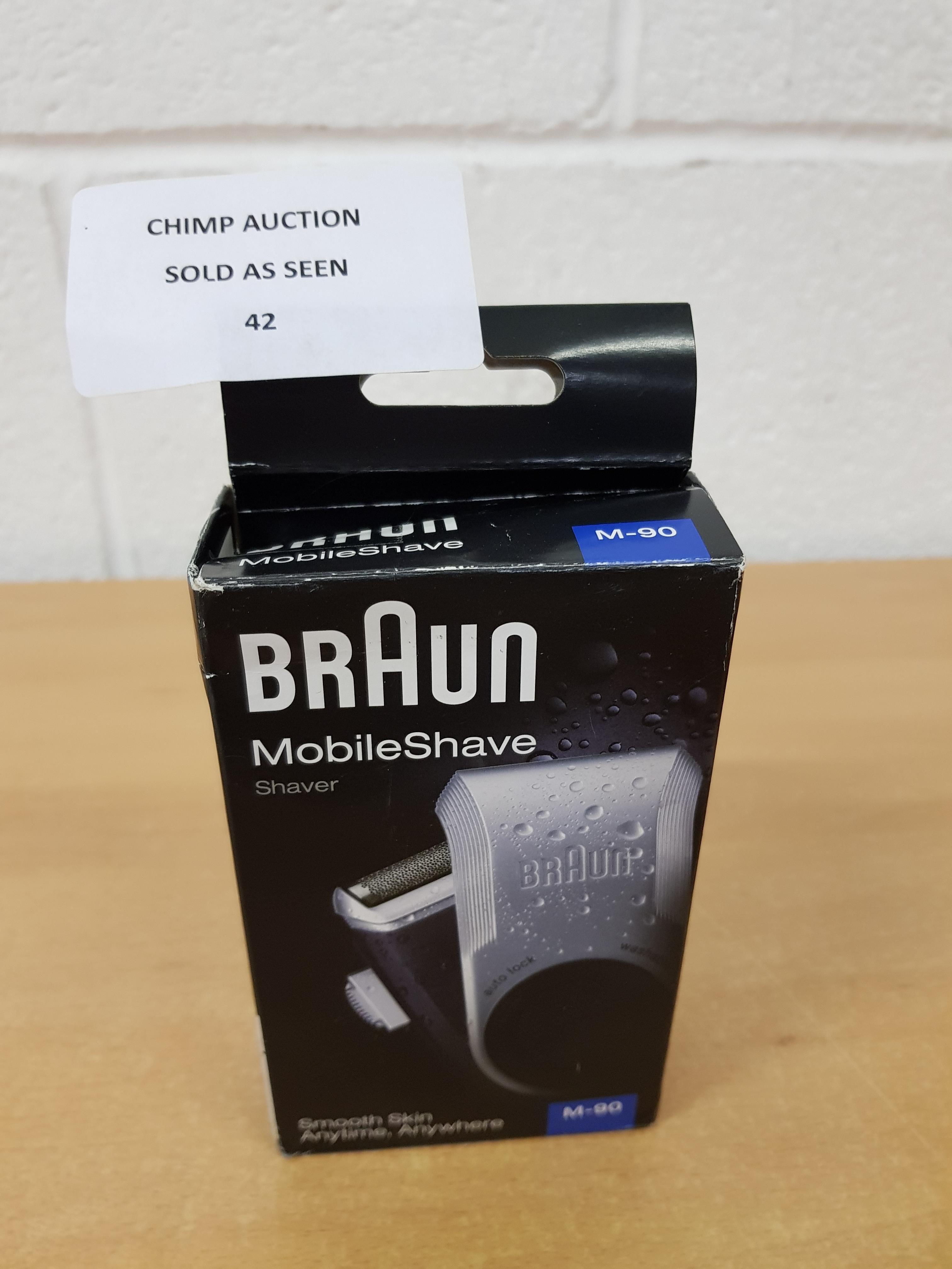 Lot 42 - Braun PocketGo M90 MobileShave Portable Shaver