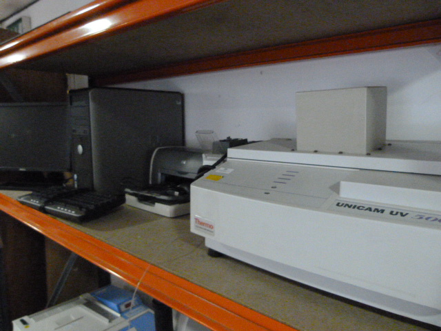 Lot 39 - *Thermo Electron Unicam UV-500 UV Visible Electrophotometer