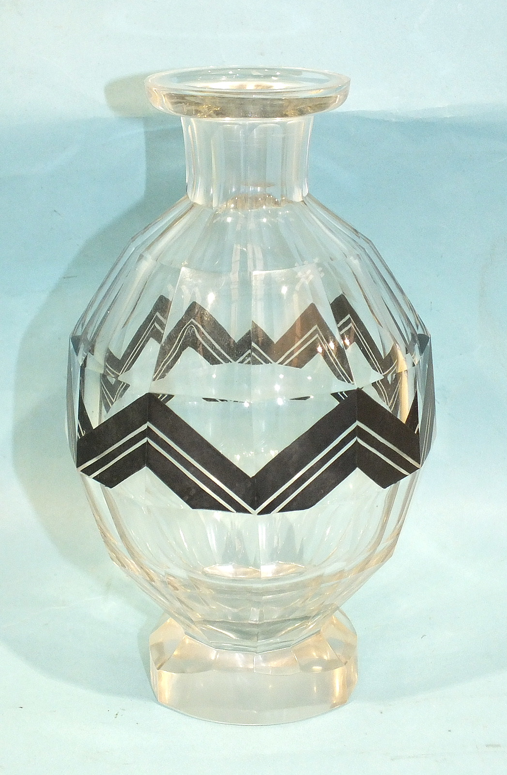 Lot 36 - An Art Deco cut-glass decanter of baluster form, with etched and black-painted decoration, 21cm