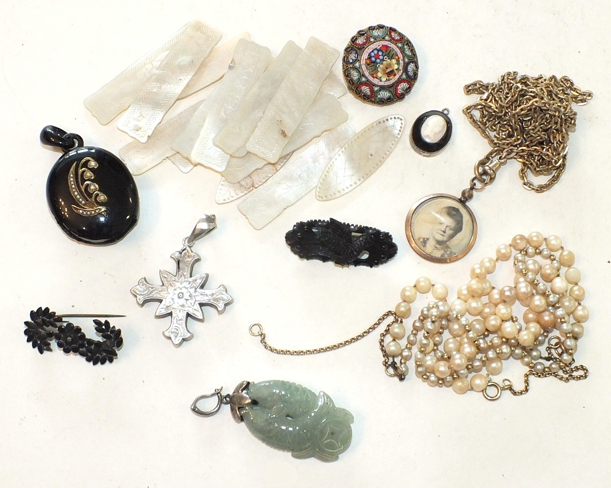 Lot 280 - A quantity of mother-of-pearl counters, a cultured pearl necklace, a micro-mosaic glass brooch and