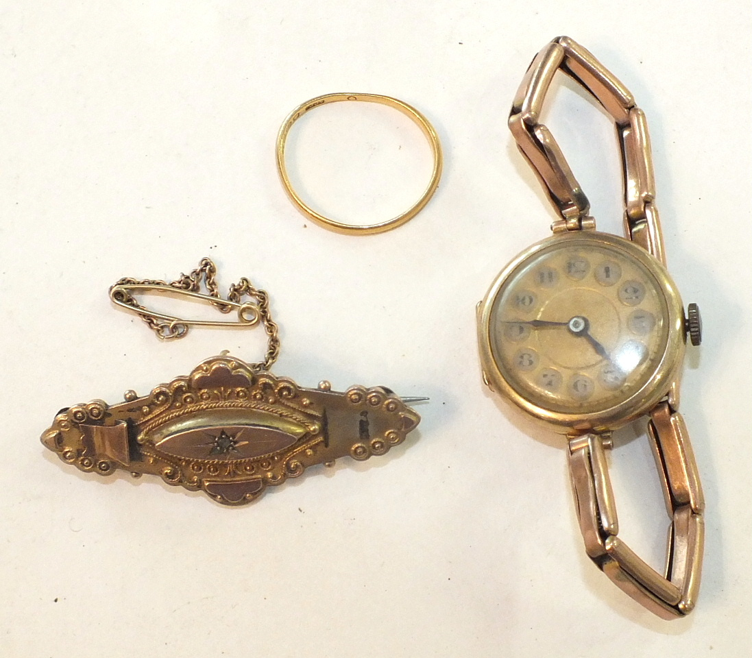 Lot 292 - A 9ct gold brooch set diamond point, (a/f), a 9ct-gold-cased wrist watch on gold sprung bracelet and