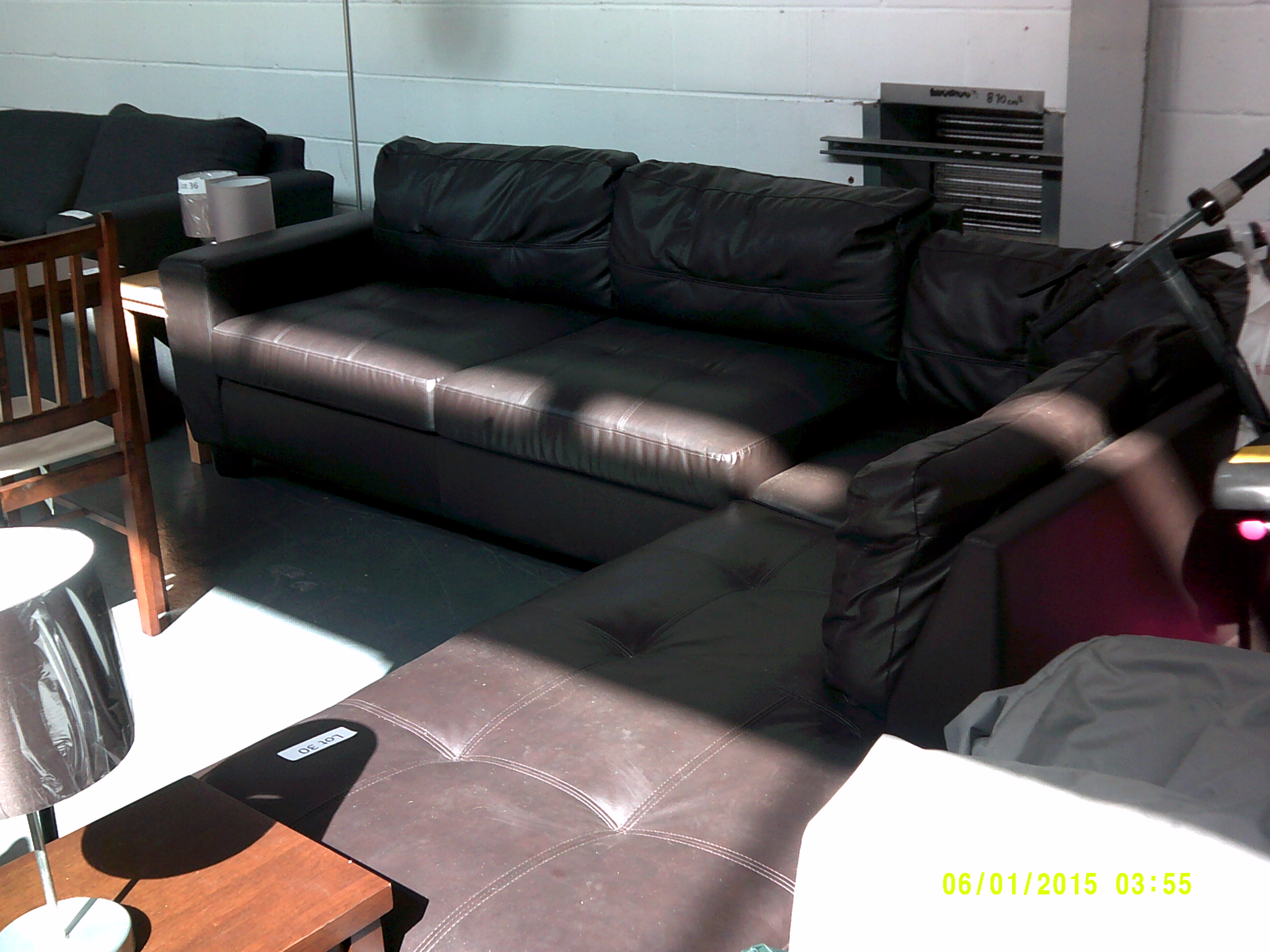 Lot 30 - Leather Corner Sofa Some Feet Missing ORP £1399 Customer Returns