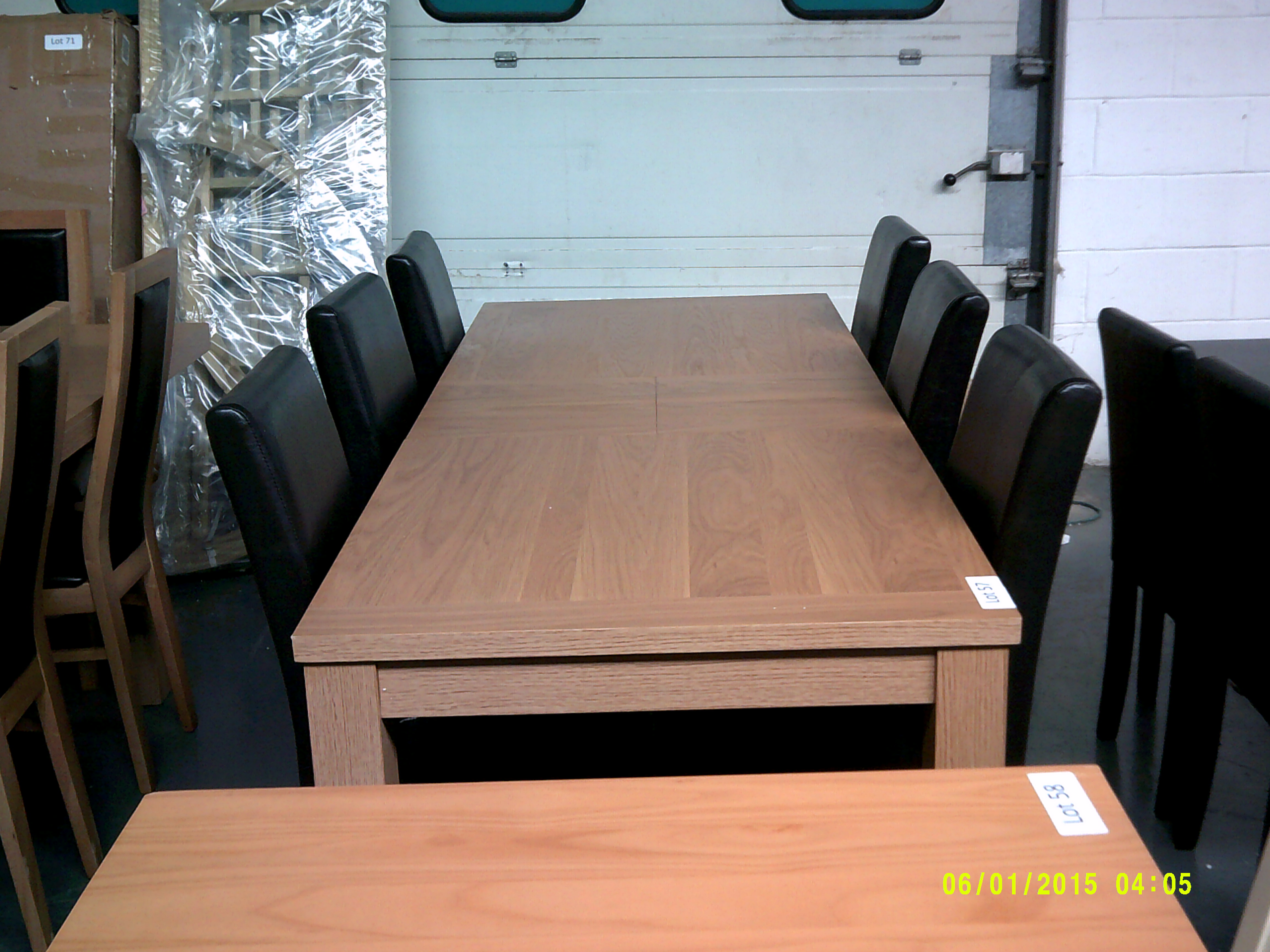 Lot 57 - Extendable Dining Table & 6 Chairs ORP £699 Customer Returns