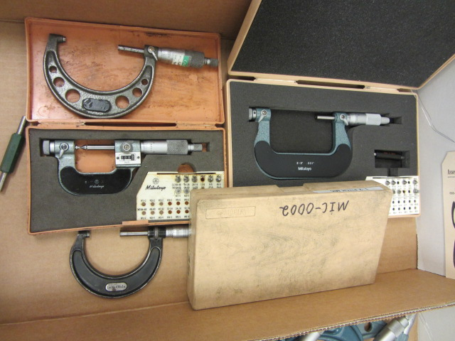 Lot 35 - 0''-3'' Pitch Micrometers