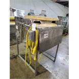 Carousel Type Continuous Onion Slicer, Dual Blade   Rig Fee: $100