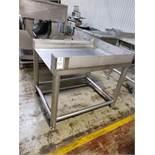 Stainless Steel Tote Platform   Rig Fee: $100