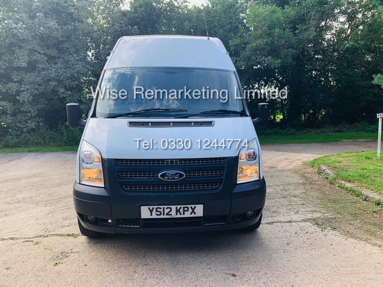Lot 8 - FORD TRANSIT (2012) 2.2 TDCI 350 LWB MESSING/WELFARE VAN **1 OWNER** FULL HISTORY **5 SEATS**