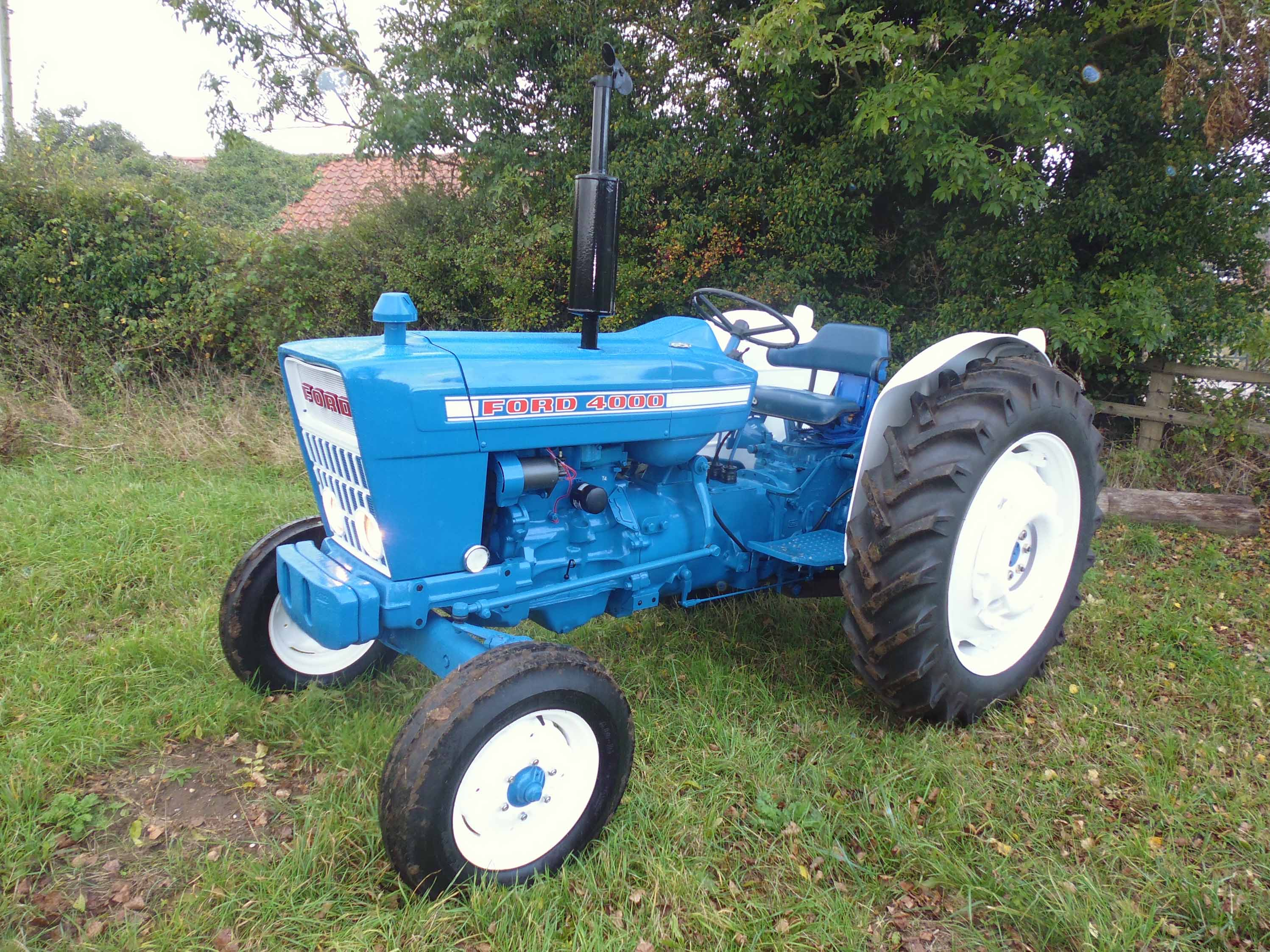 1975 Ford 4000 Tractor : Ford force wd tractor s n b  dating