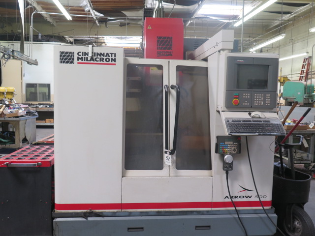 Cincinnati Milacron Arrow 500 4-Axis CNC Vertical Machining Center s/n 7042-AOB-98-1717 w/ Acramatic