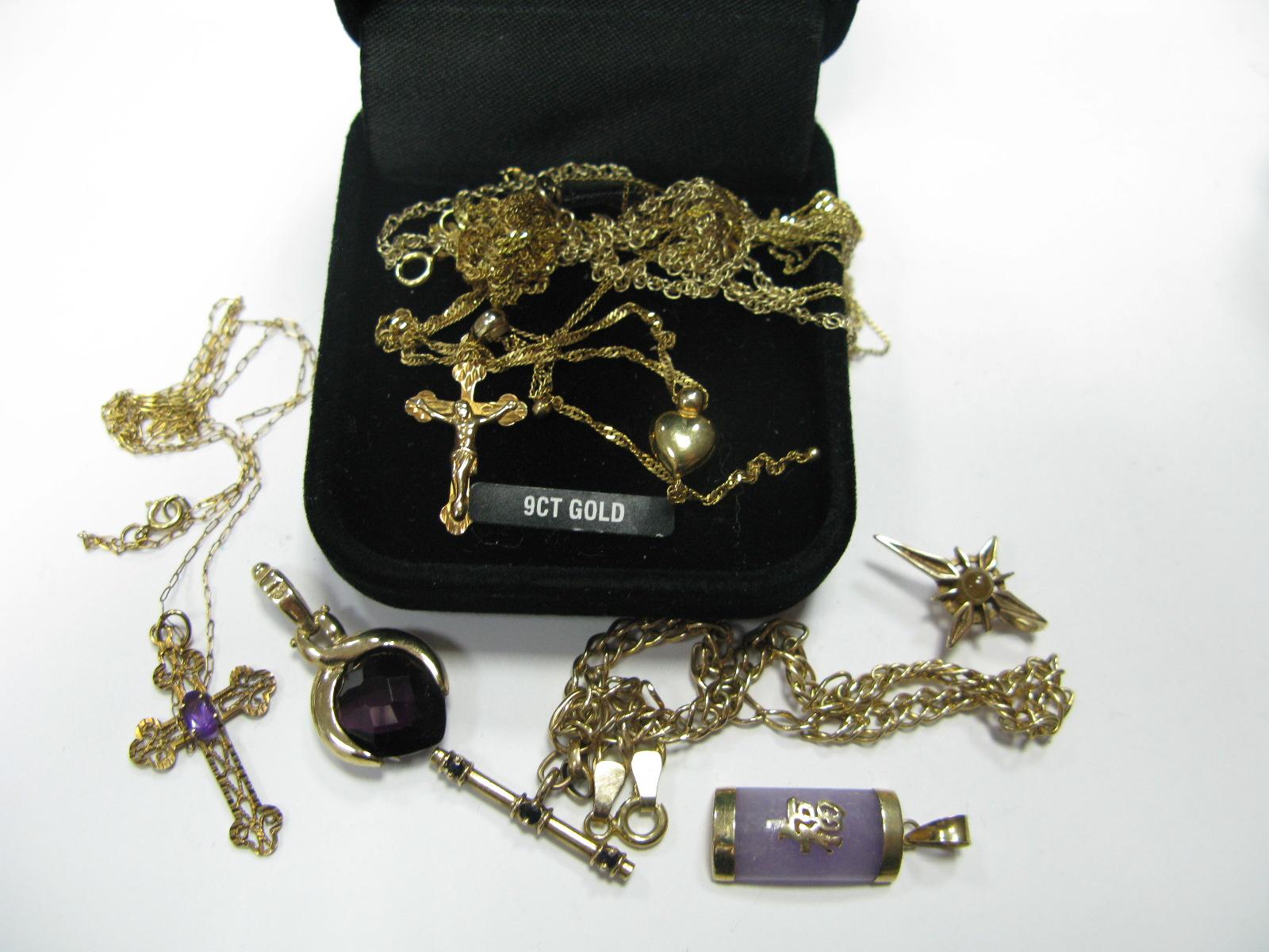 Lot 1368 - A 9ct Gold Flat Link Bracelet, with sliding T-bar pendant, three stone set pendants of various