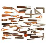 Quantity of leatherworker's tools G