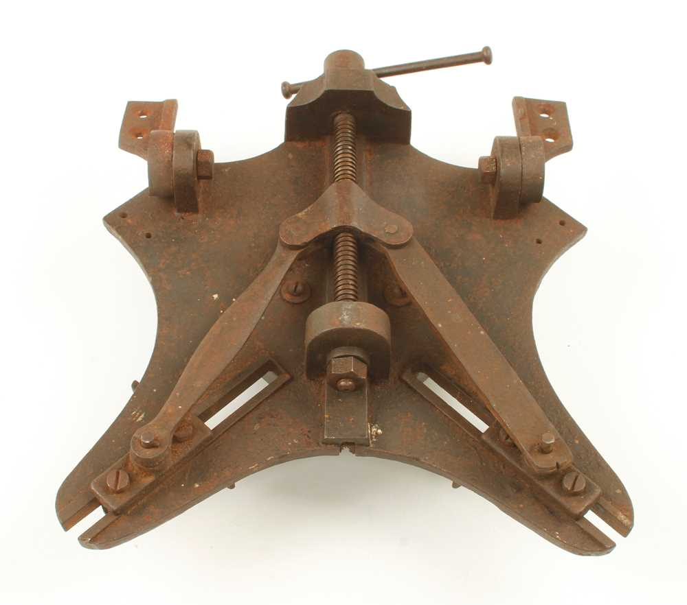 A rare adjustable mitre cutter by EDWARD HINES Norwich with bench fixings G - Image 2 of 2
