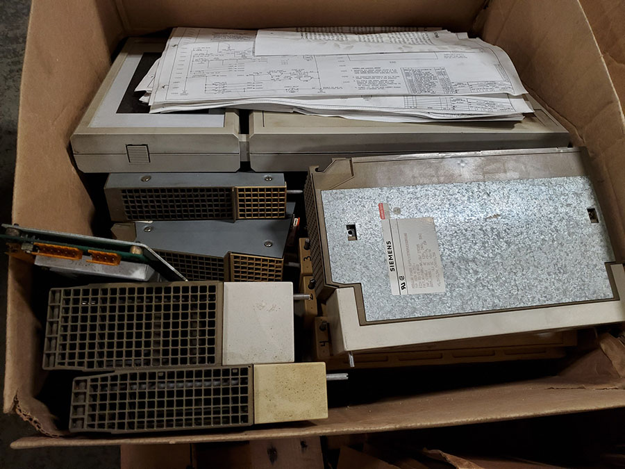 SKID OF SIEMENS INJECTION MOLDING MACHINE PARTS; MOTHER BOARD, CPU CARD, INPUT & OUTPUT - Image 6 of 9