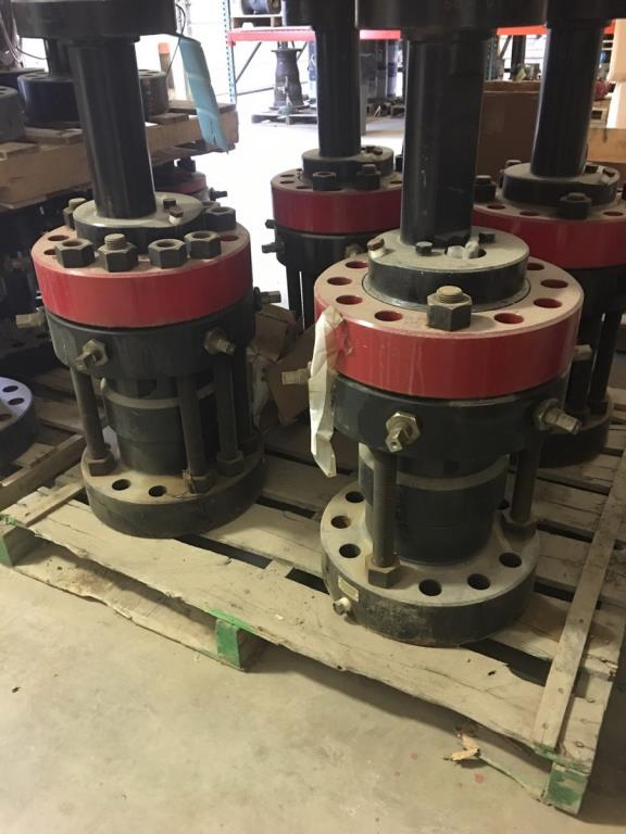 Lot 251 - Toad Stool. Lot: (4) Consisting of GT6-5F Toad Stool, WH Adapter, 7 1/16 5M Top Rotating Flange