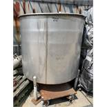 Perry Products Stainless Steel Tank, approx 500 gallon, 304 Stainless steel, SN B-0802-4, Model SC-