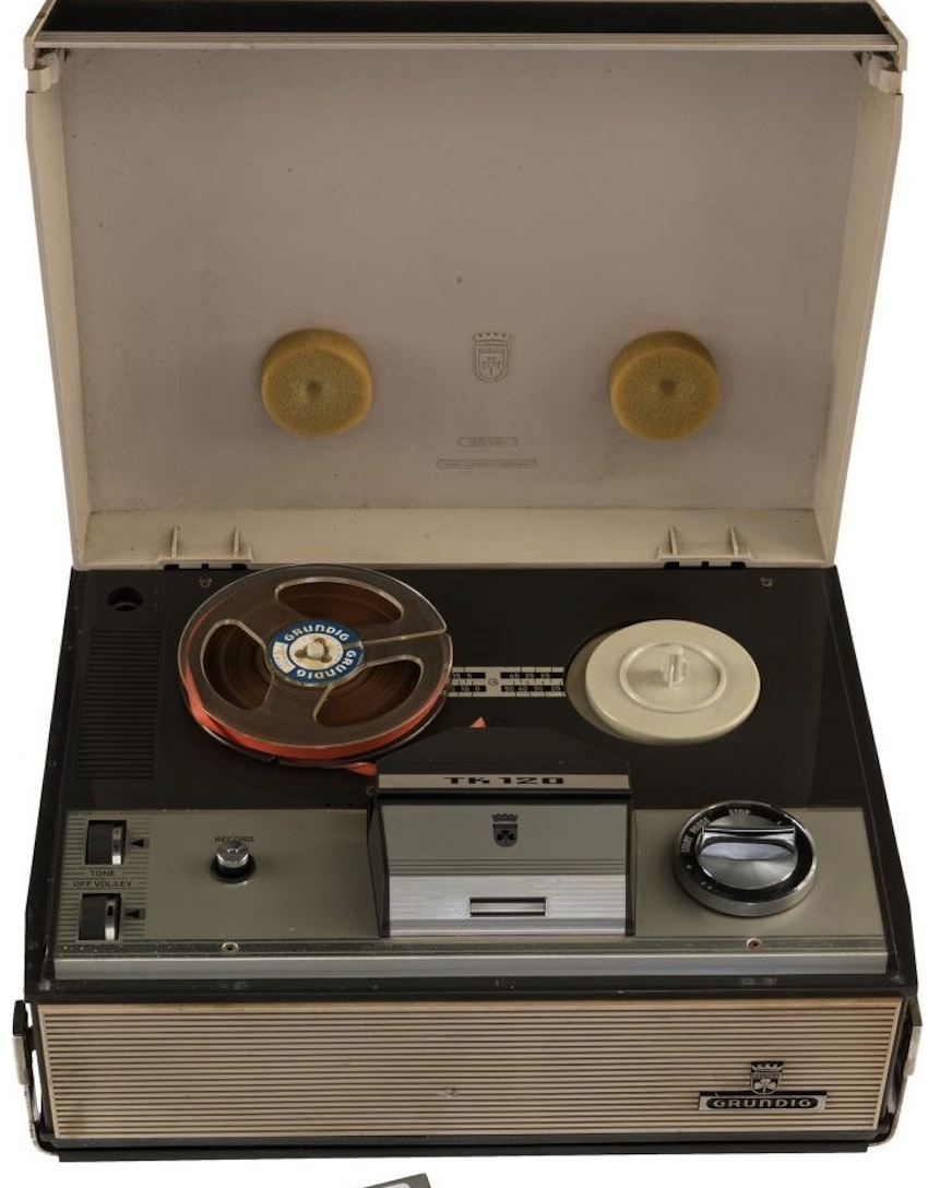 Lot 160 - Beatles - Portable Reel To Reel Tape Recorder Used At The Star-Club, Hamburg With a Tape Recording