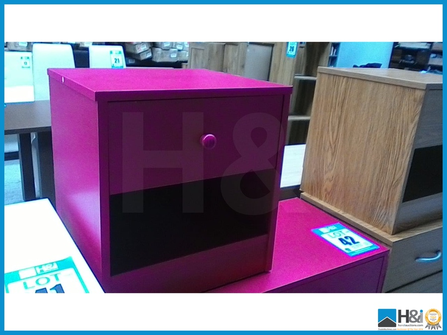 Ex Display No Visible Damage Kids Pink Bedroom Set Bedside Plus Chest Of Drawers 75 X 36 X 86 Cm