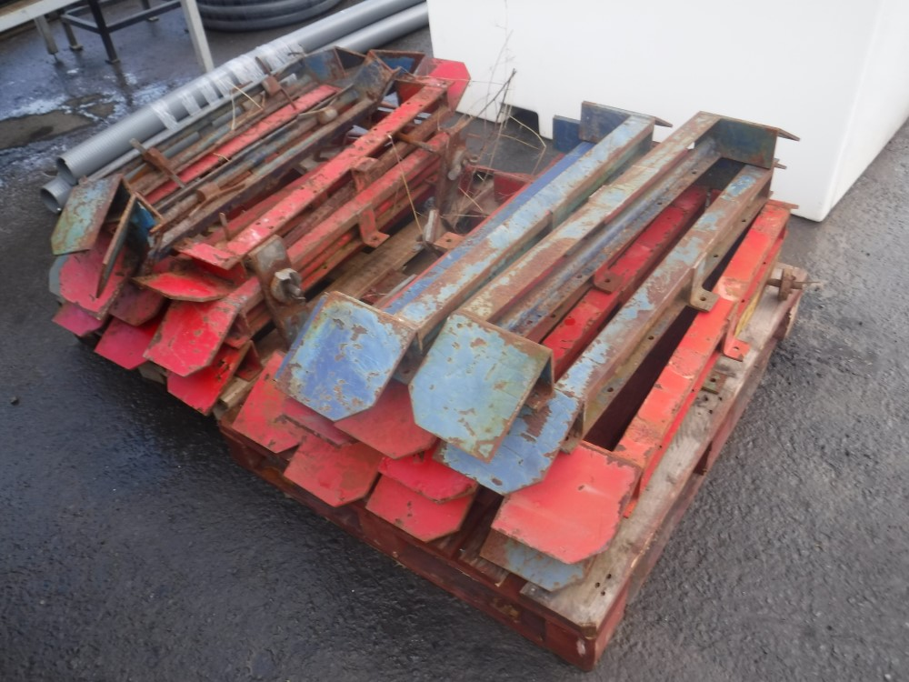 Lot 1120 - MINI DIGGER TRAILER TRACK LOCK SYSTEM [+ VAT]