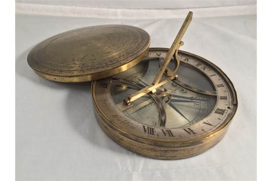Pocket Sundial compass Collectable Brass Sundial /& Compass