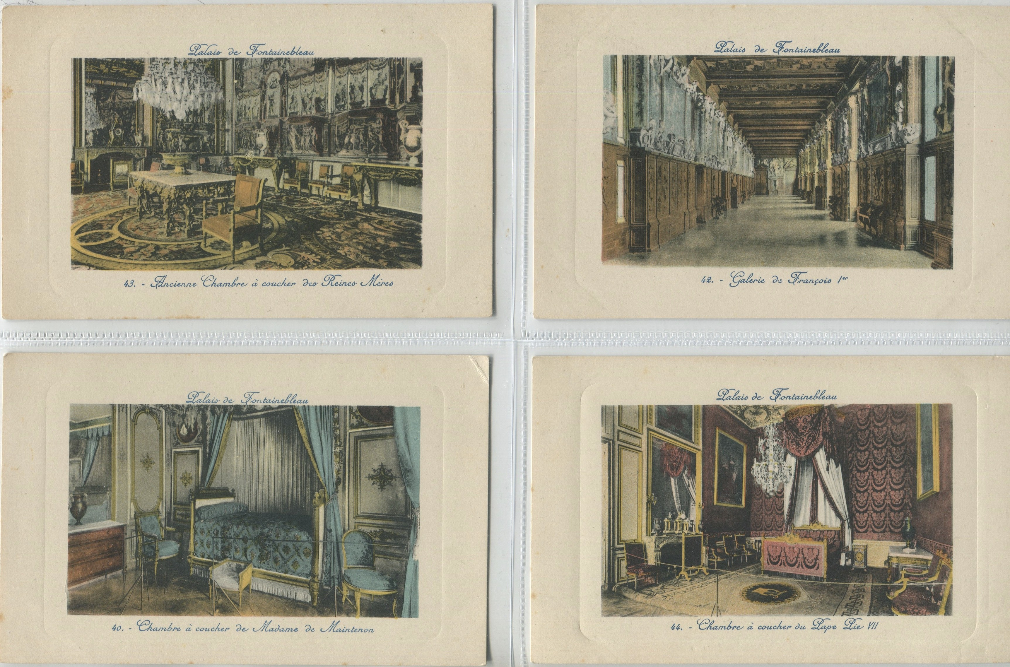 FOUR VINTAGE POSTCARDS OF PALAIS DE FONTAINEBLEAU