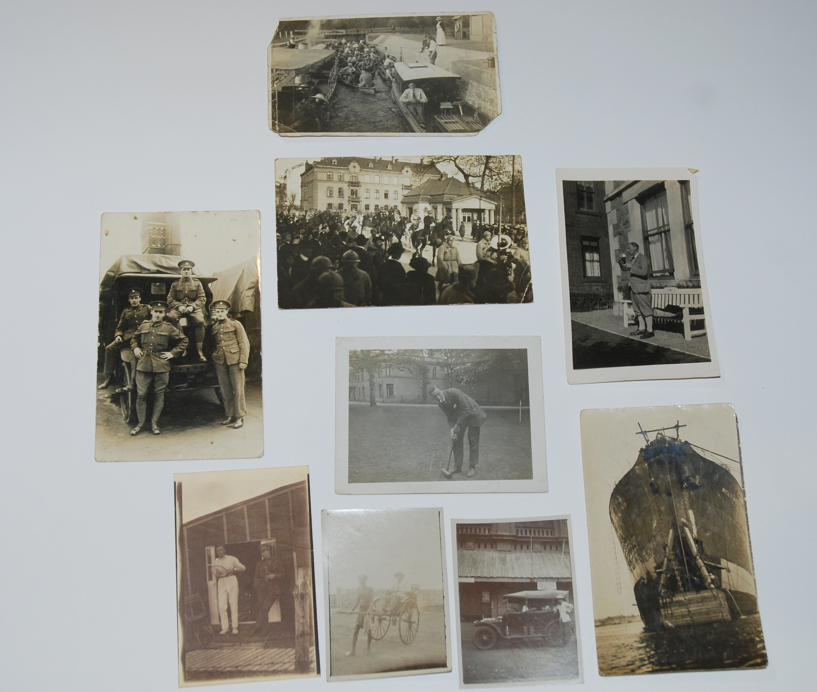 A COLLECTION OF PERSONAL WAR PHOTOGRAPHS relating to Gordon Hoare, war papers and an album of