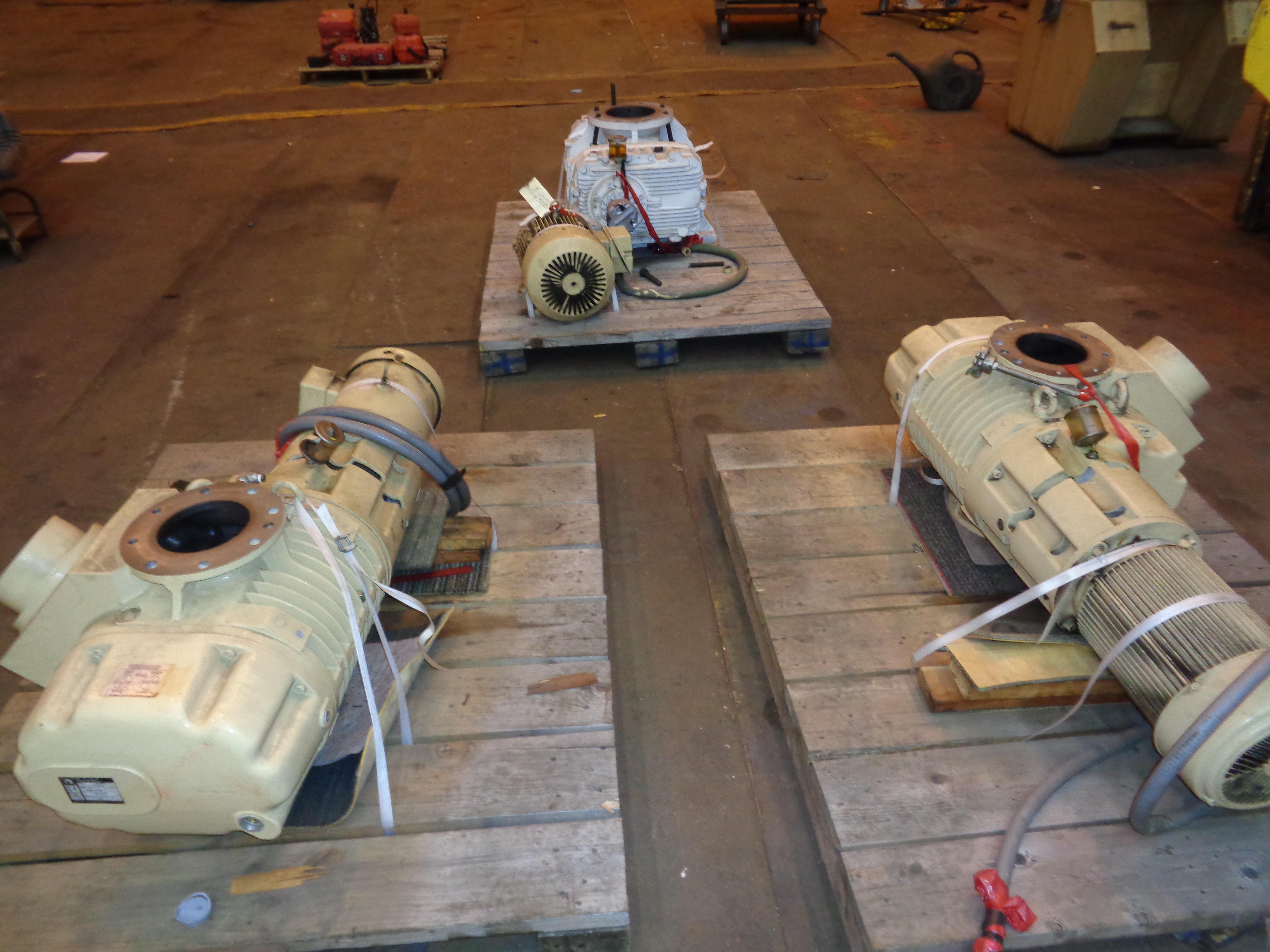 Lot 16 - Lot of 3 Vacuum Pumps