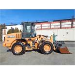 2013 Case 521E Wheel Loader - Only 700 Hours