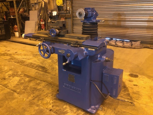 Lot 25 - Cincinnati Tool and Cutter Grinder with Rotary Table and Vice