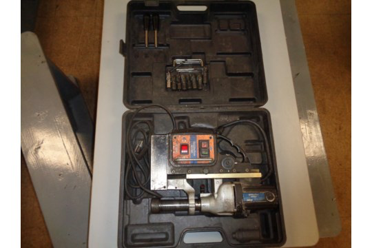 Lot 34 - Evolution ME3500 Magnetic Drill