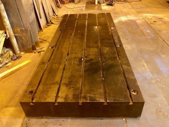 "Lot 50 - 12'x5'x12"" T Slotted Floor Plate"