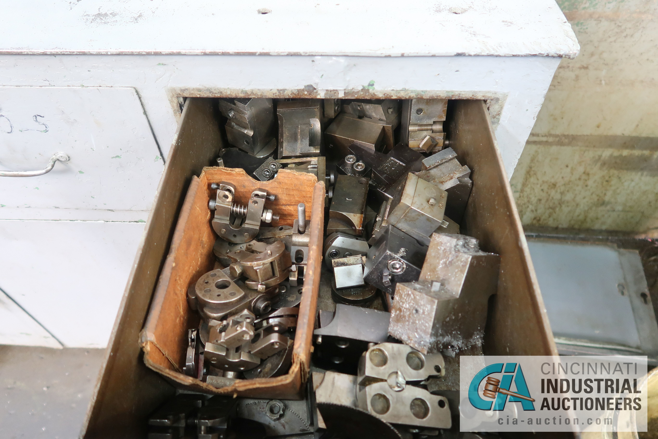 (LOT) LARGE ASSORTMENT MISCELLANEOUS DAVENPORT TOOLING, ATTACHMENTS, GEARS, CAMS AND OTHER RELATED - Image 17 of 21