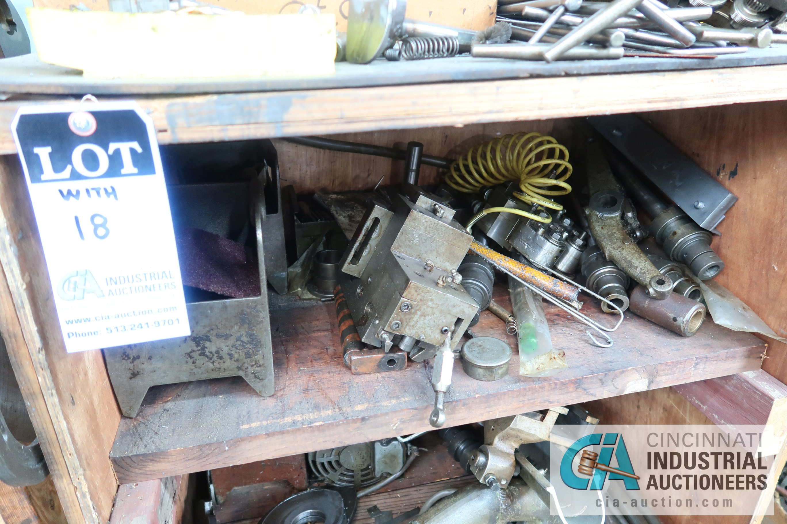 (LOT) LARGE ASSORTMENT MISCELLANEOUS DAVENPORT TOOLING, ATTACHMENTS, GEARS, CAMS AND OTHER RELATED - Image 9 of 21