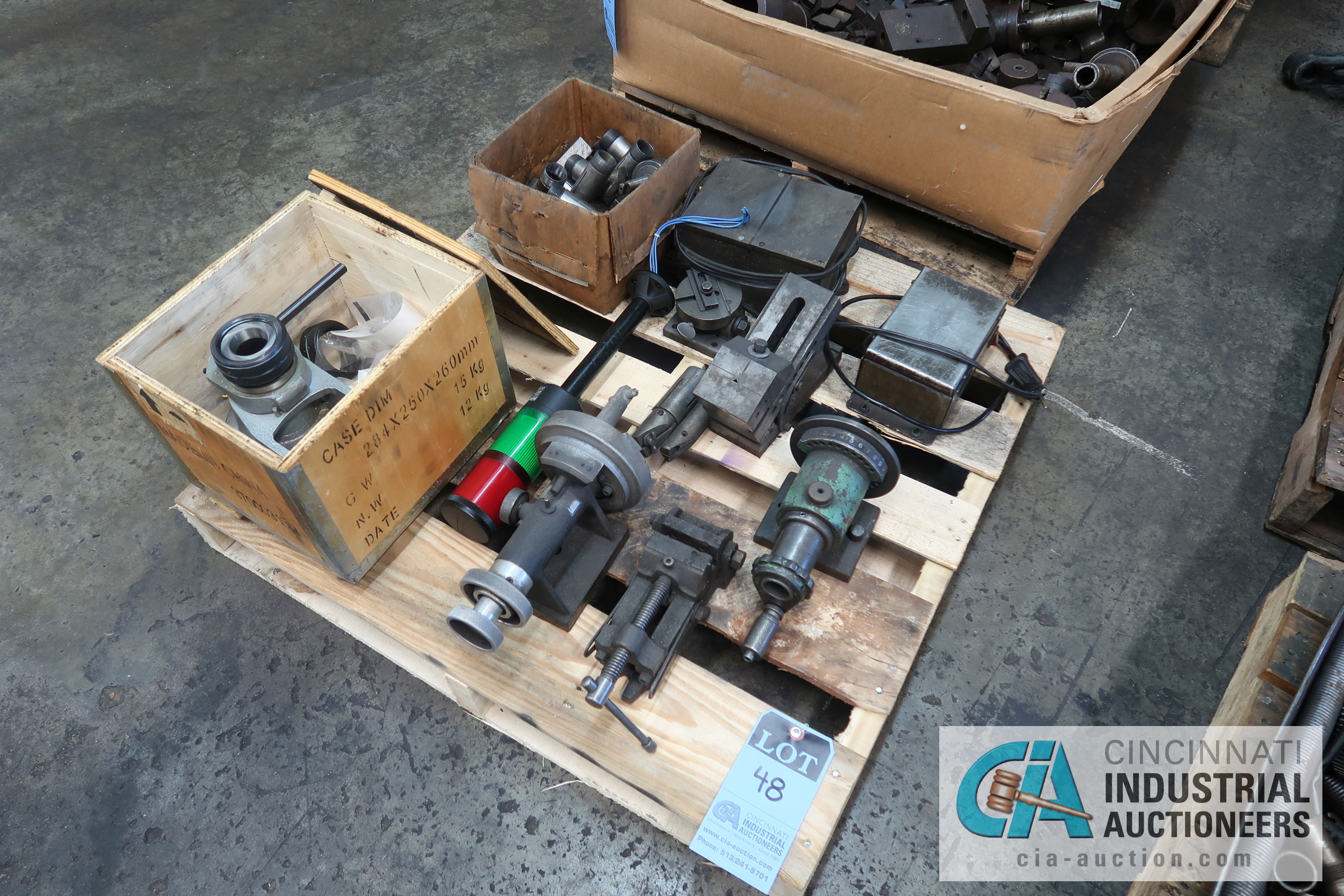 Lot 48 - (LOT) MISCELLANEOUS GRINDING SPIN FIXTURES