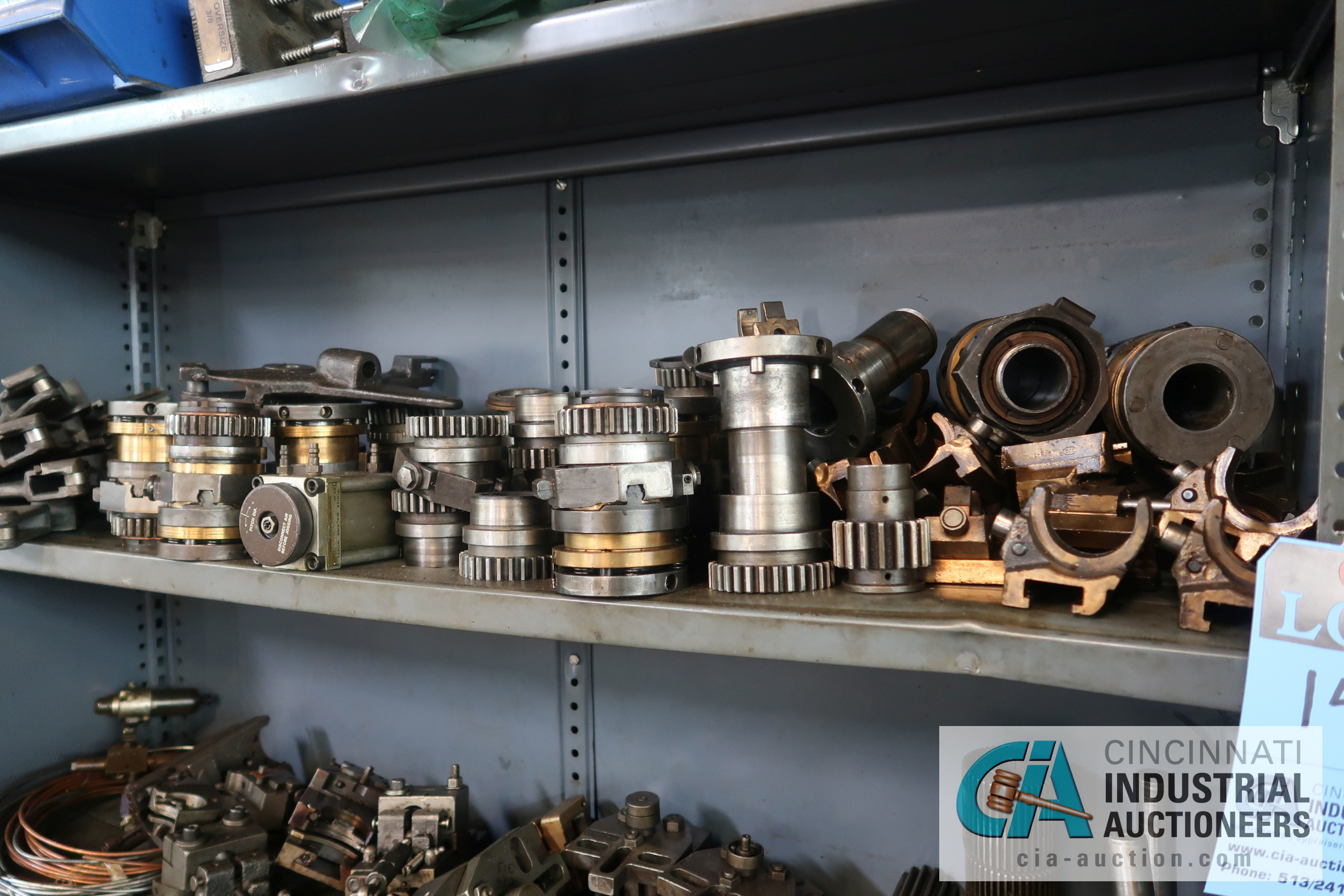 Lot 14 - (LOT) MISCELLANEOUS DAVENPORT ATTACHMENTS AND TOOLING