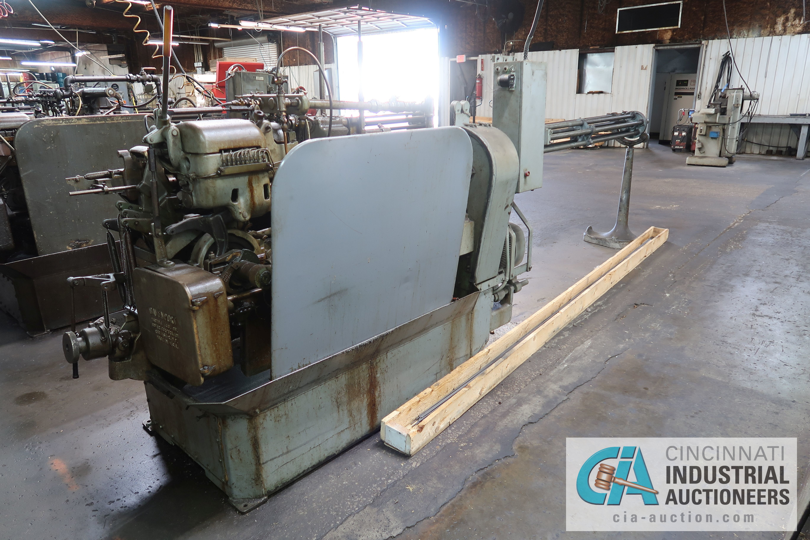 "Lot 5 - 3/4"" DAVENPORT 5-SPINDLE SCREW MACHINE; S/N 10441 (NEW 6-1980), WITH THREAD AND PICK OFF ATTACHMENT,"