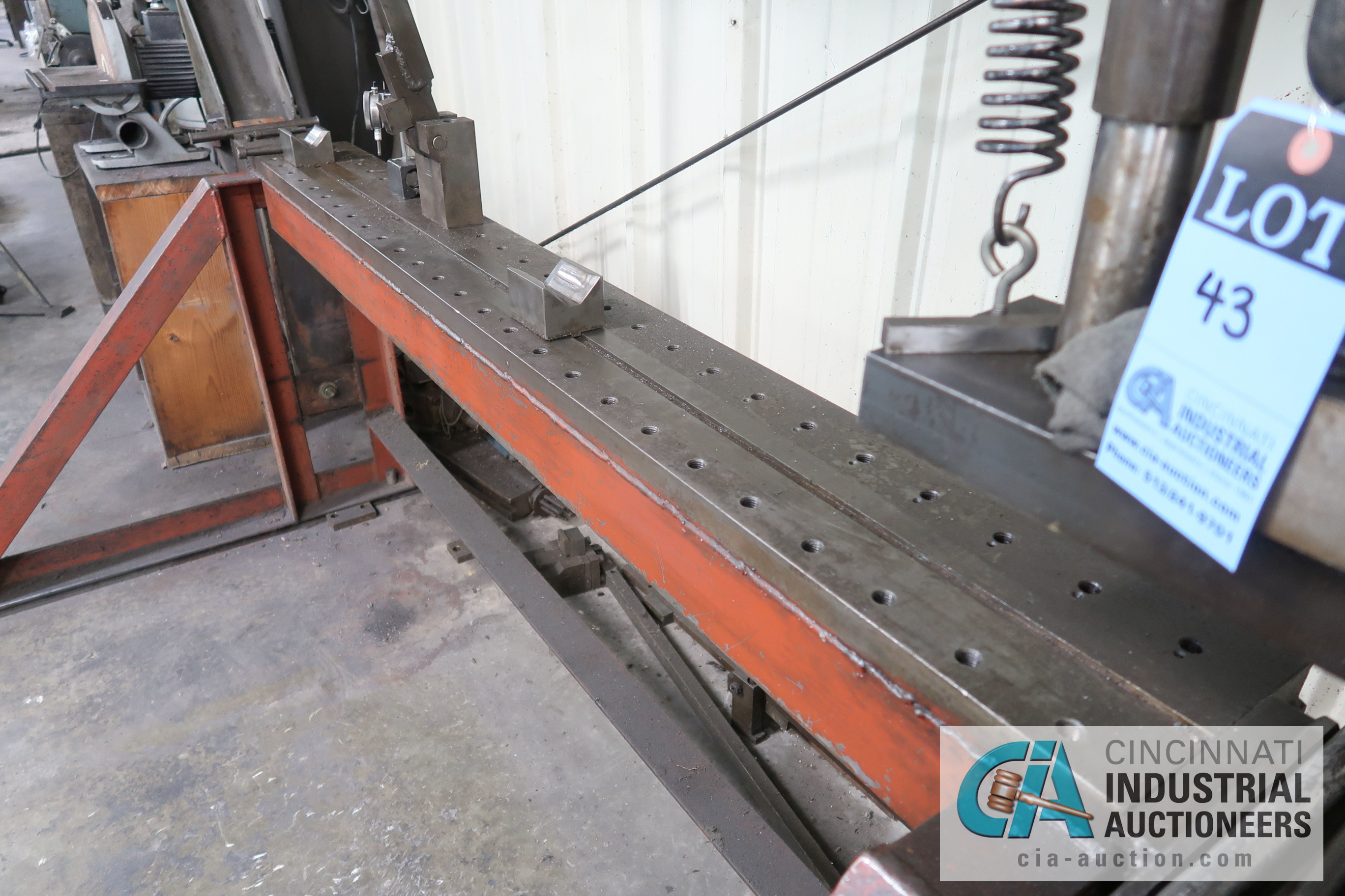 Lot 43 - 30 TON SHOP BUILT MANUAL HYDRAULIC SHAFT STRAIGHTENER WITH CAPACITY UNKNOWN MANUAL HAND