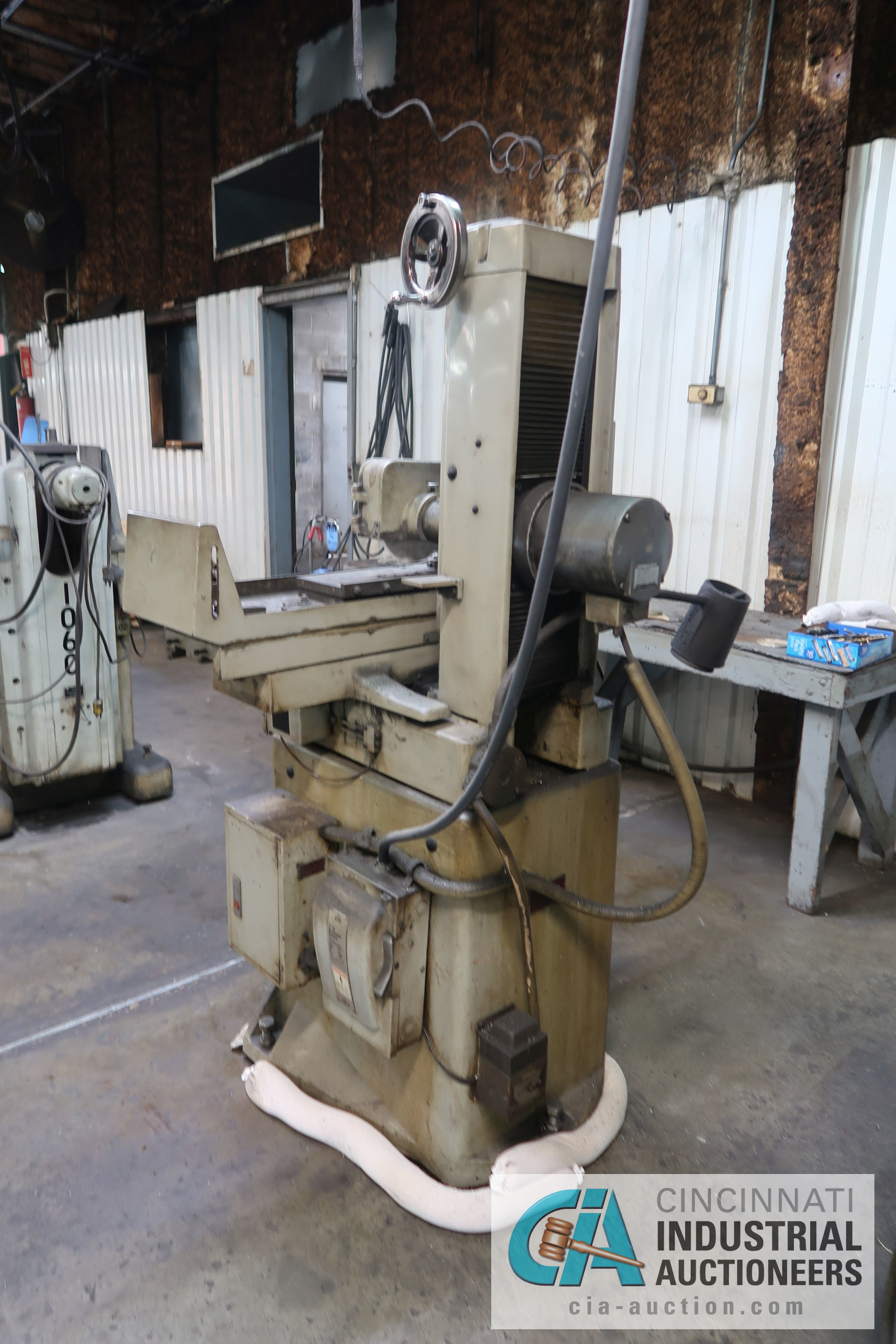 """6"""" X 18"""" CHEVALIER MODEL FSG618 HAND FEED SURFACE GRINDER; S/N 02C-5136 - Image 4 of 5"""